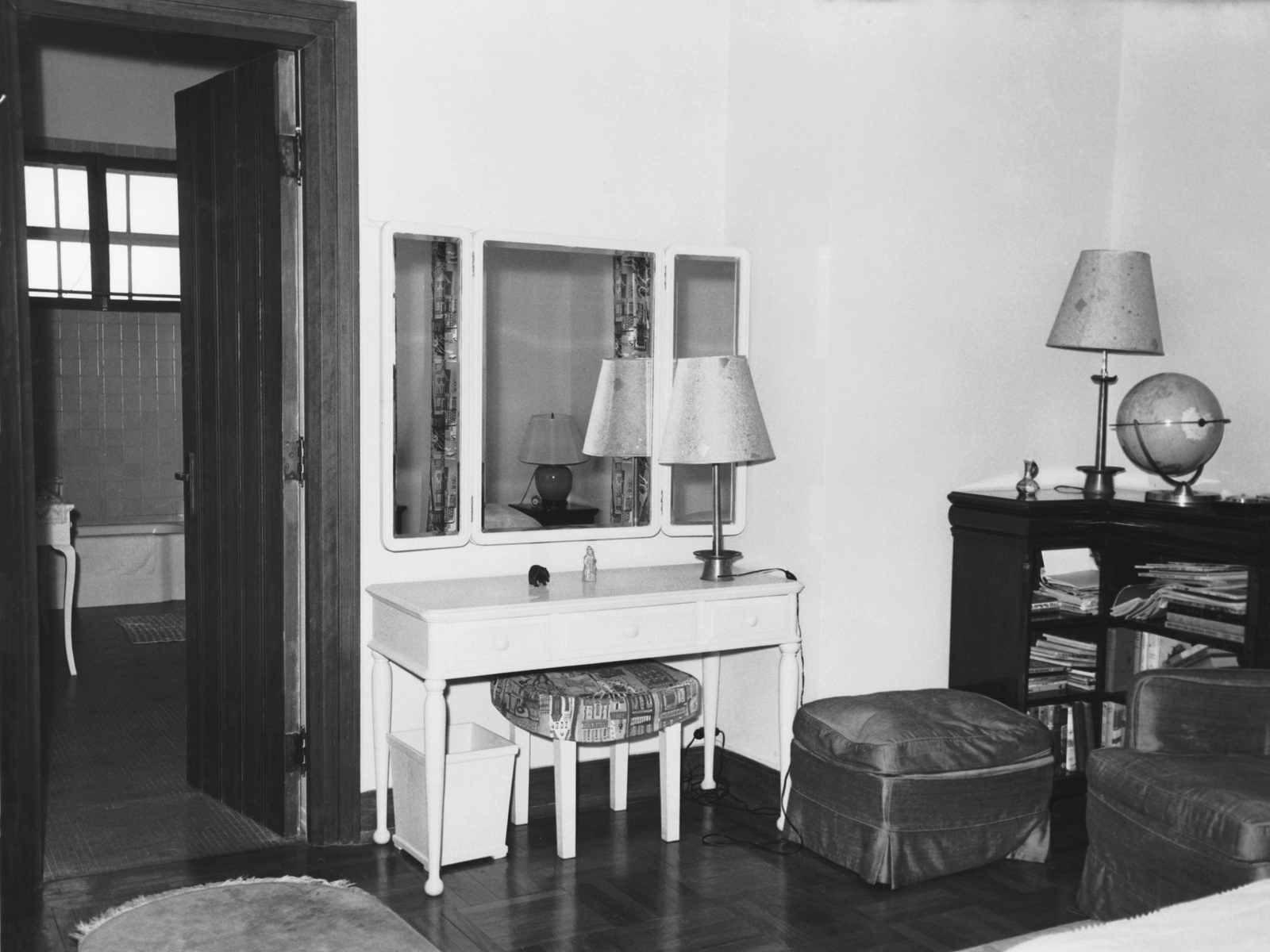 Hong Kong - Principal Officer/Consul General Residence - 1963
