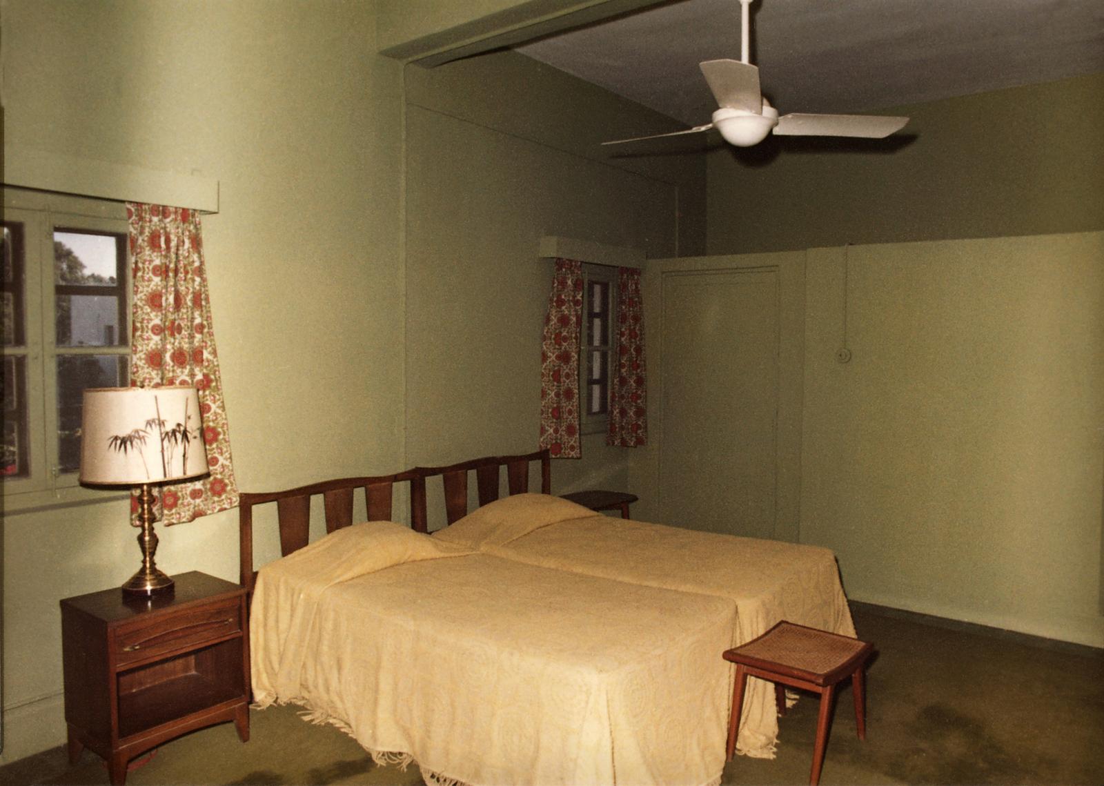 Karachi - Standard Level Position Residence - 1977