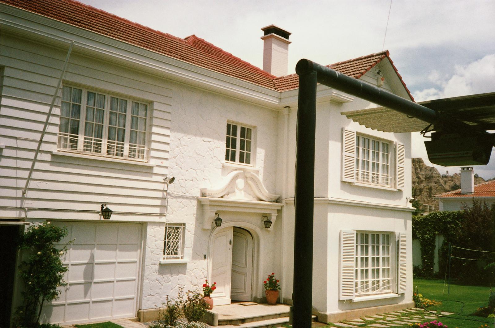 La Paz - Department of Defense Agency Head Residence - 1992