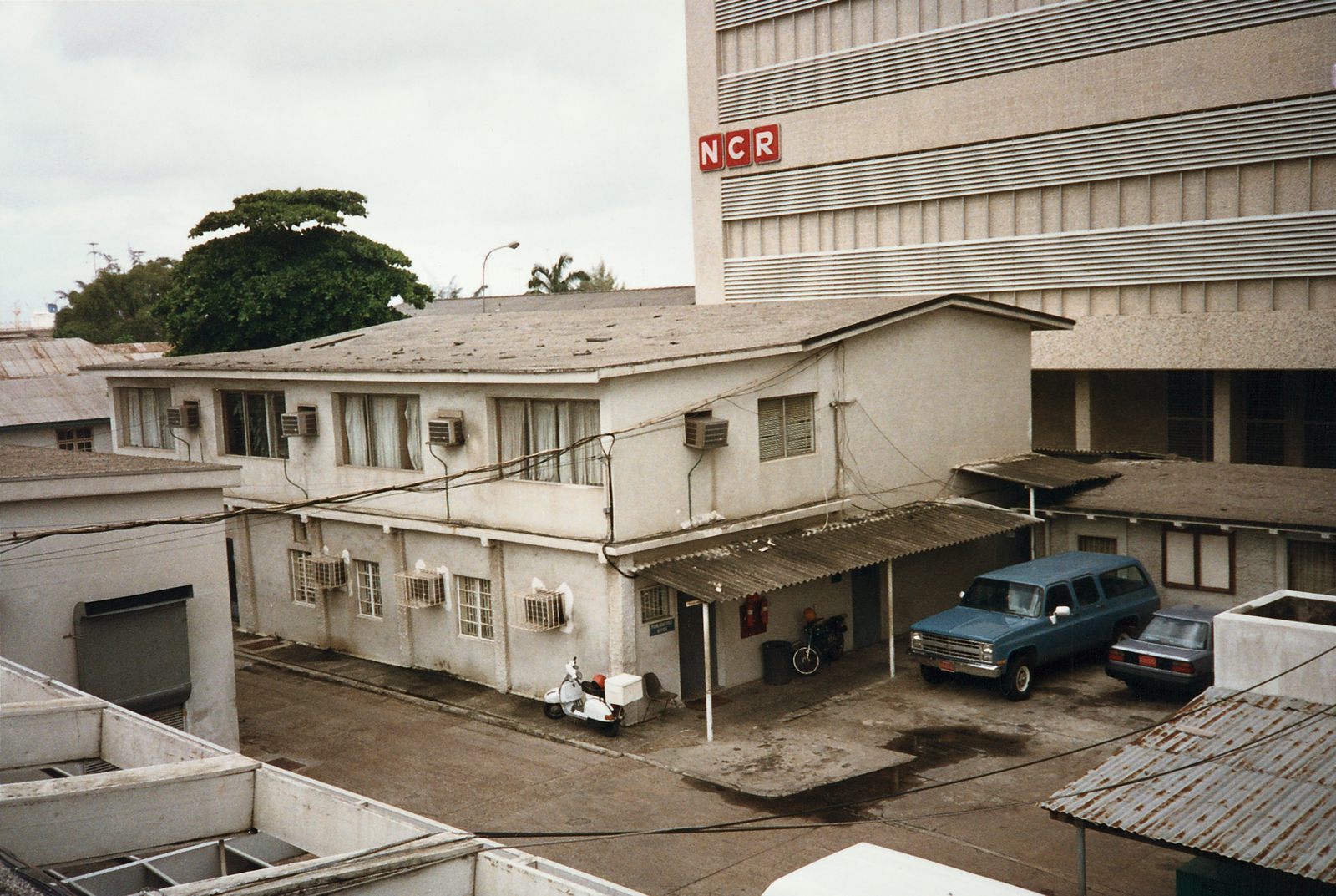 Lagos - Annex Office Building - 1989