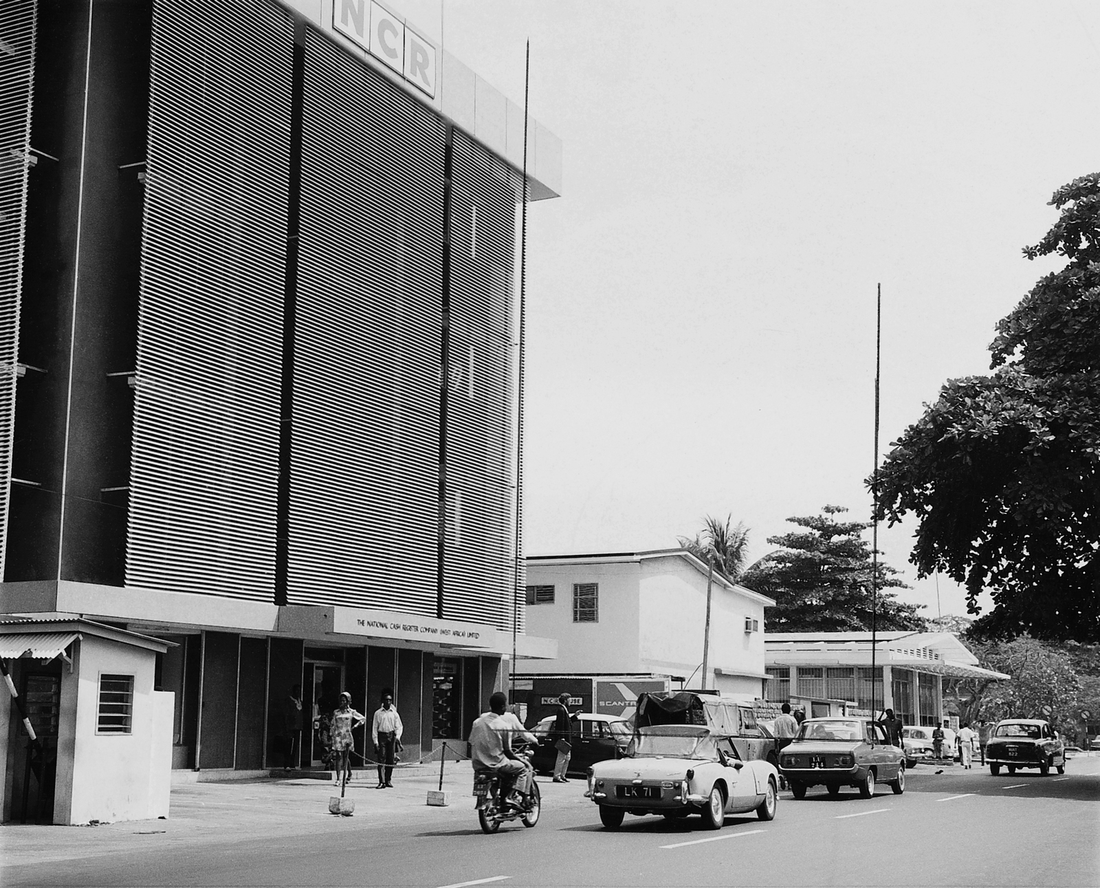 Lagos - Annex Office Building - 1991