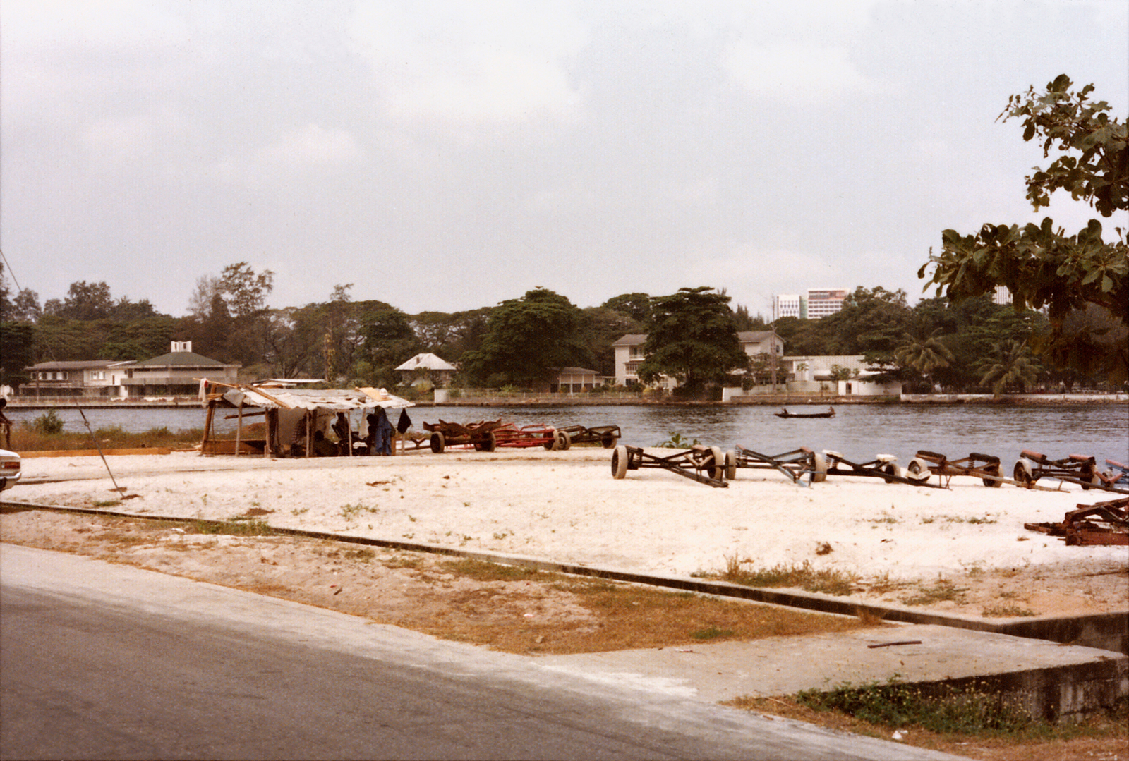 Lagos - Chancery Office Building - 1975