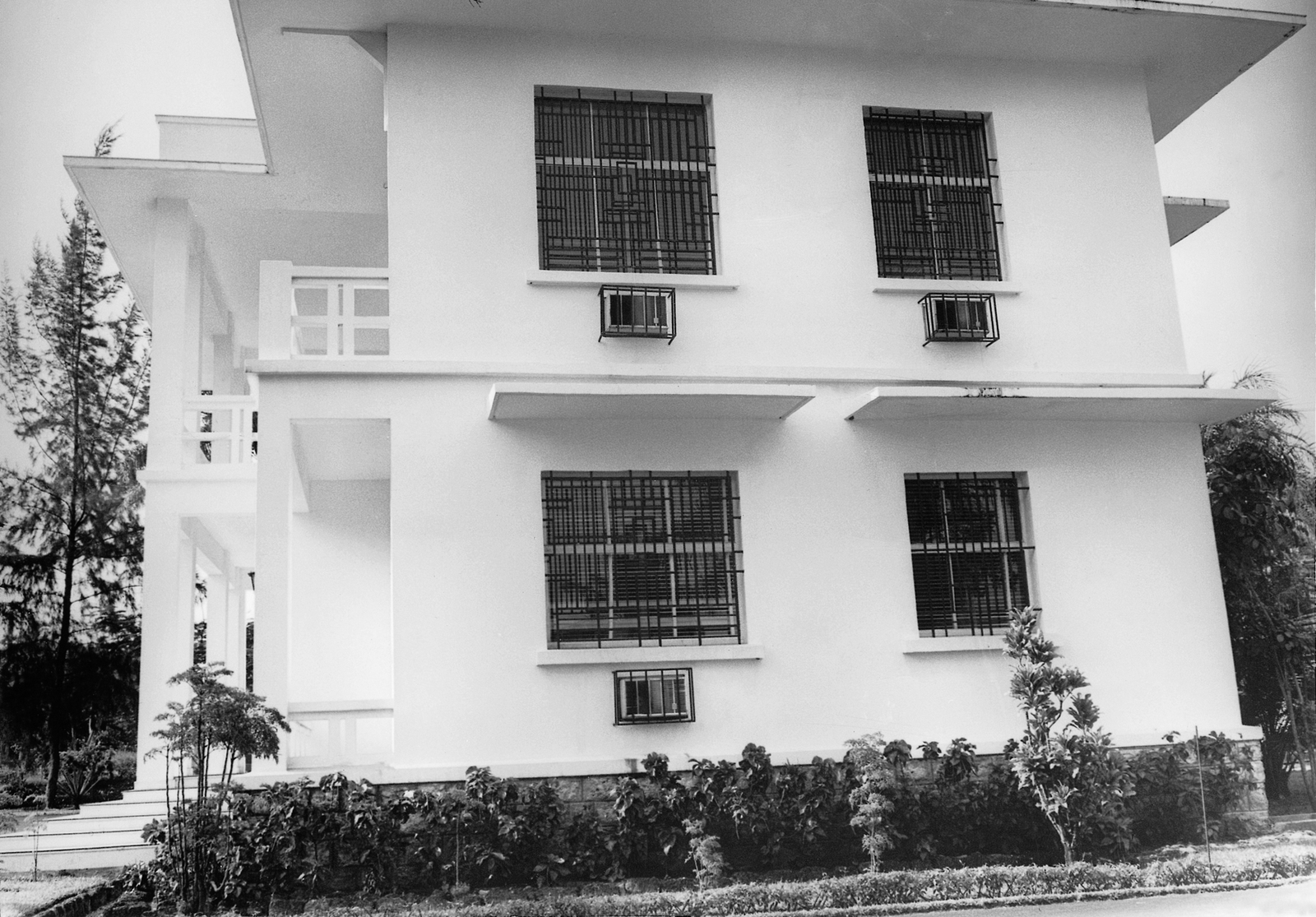 Libreville - Chancery Office Building - 1970