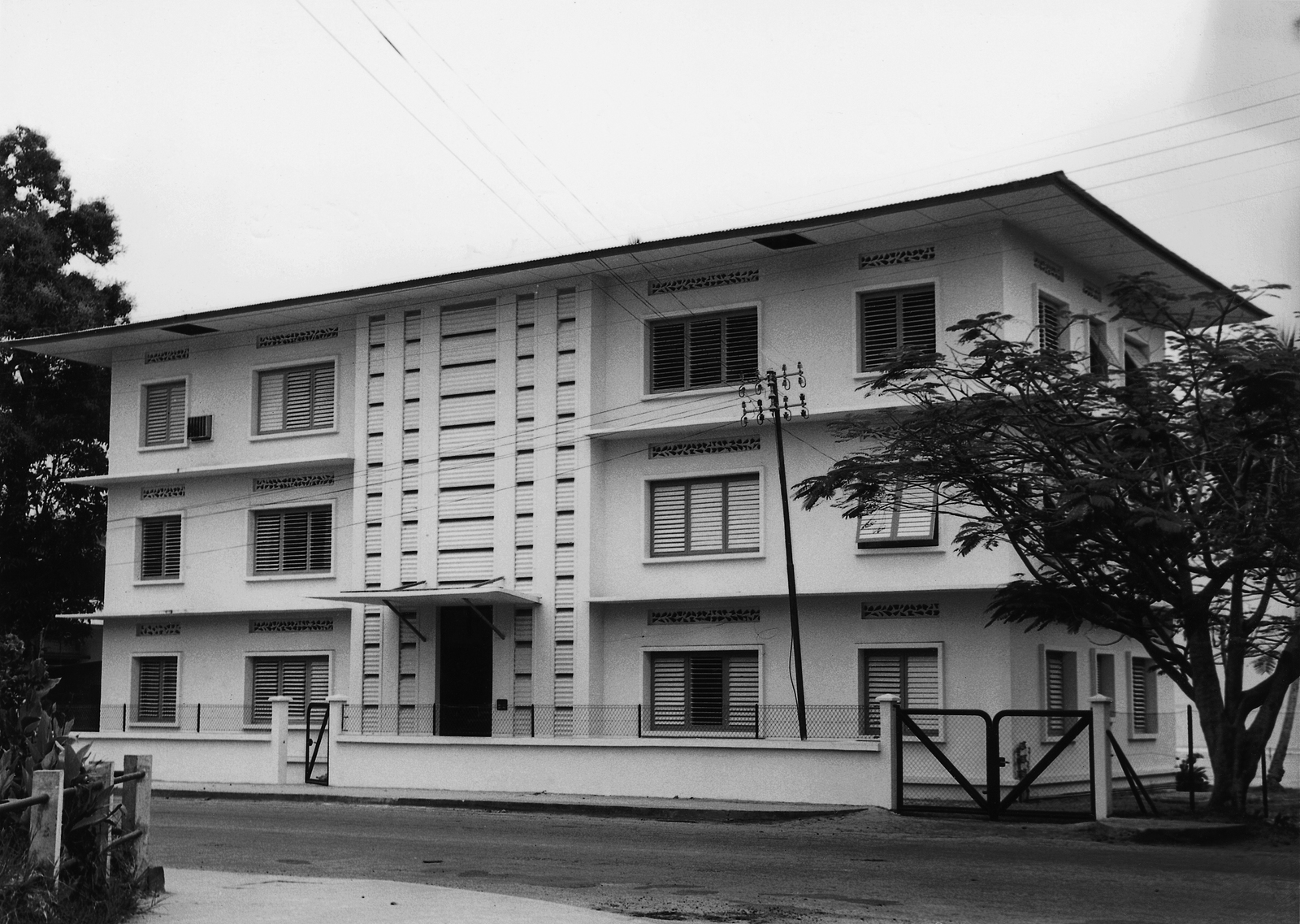 Libreville - Educational Facility/School - 1964