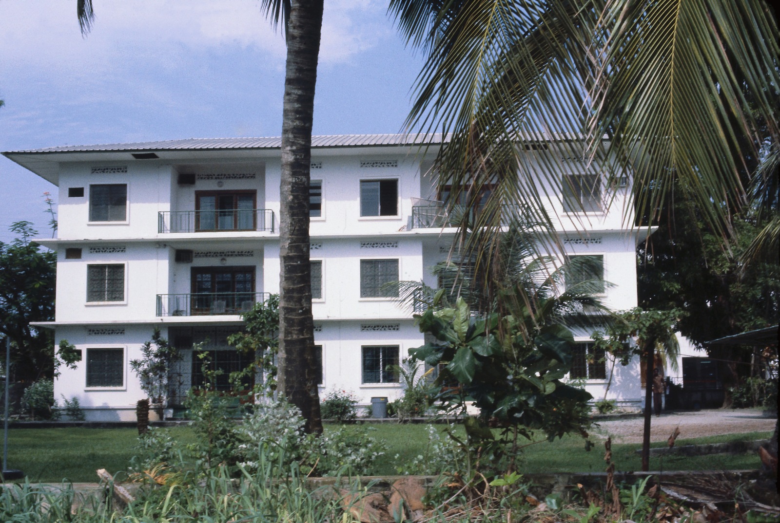Libreville - Marine Security Guard Residence - 1980