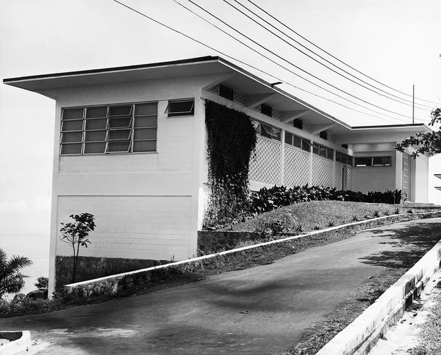 Monrovia - Standard Level Position Residence - 1961
