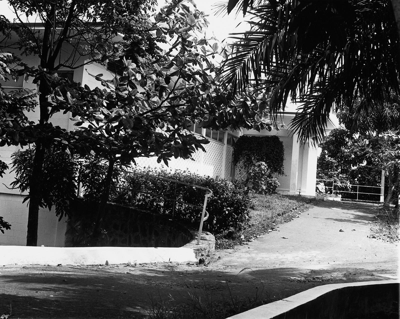 Monrovia - Standard Level Position Residence - 1962