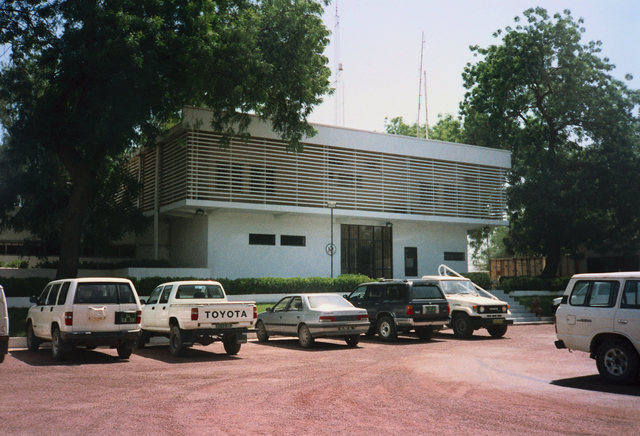 Ndjamena - Chancery Office Building - 1994