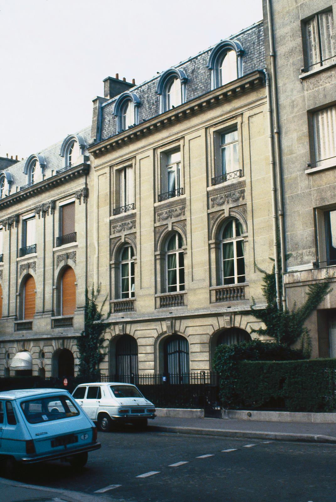 Paris - Embassy Mission Residence - 1982