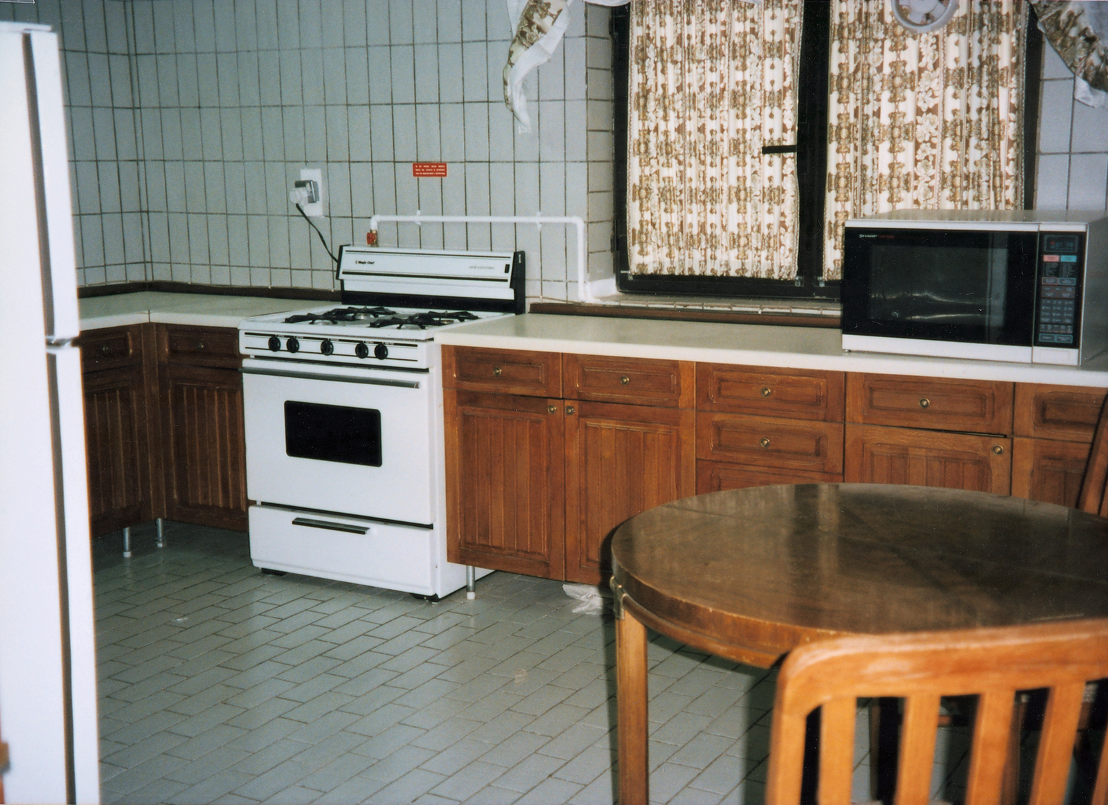 Sanaa - Temporary Duty/Transient Residential Unit - 1996