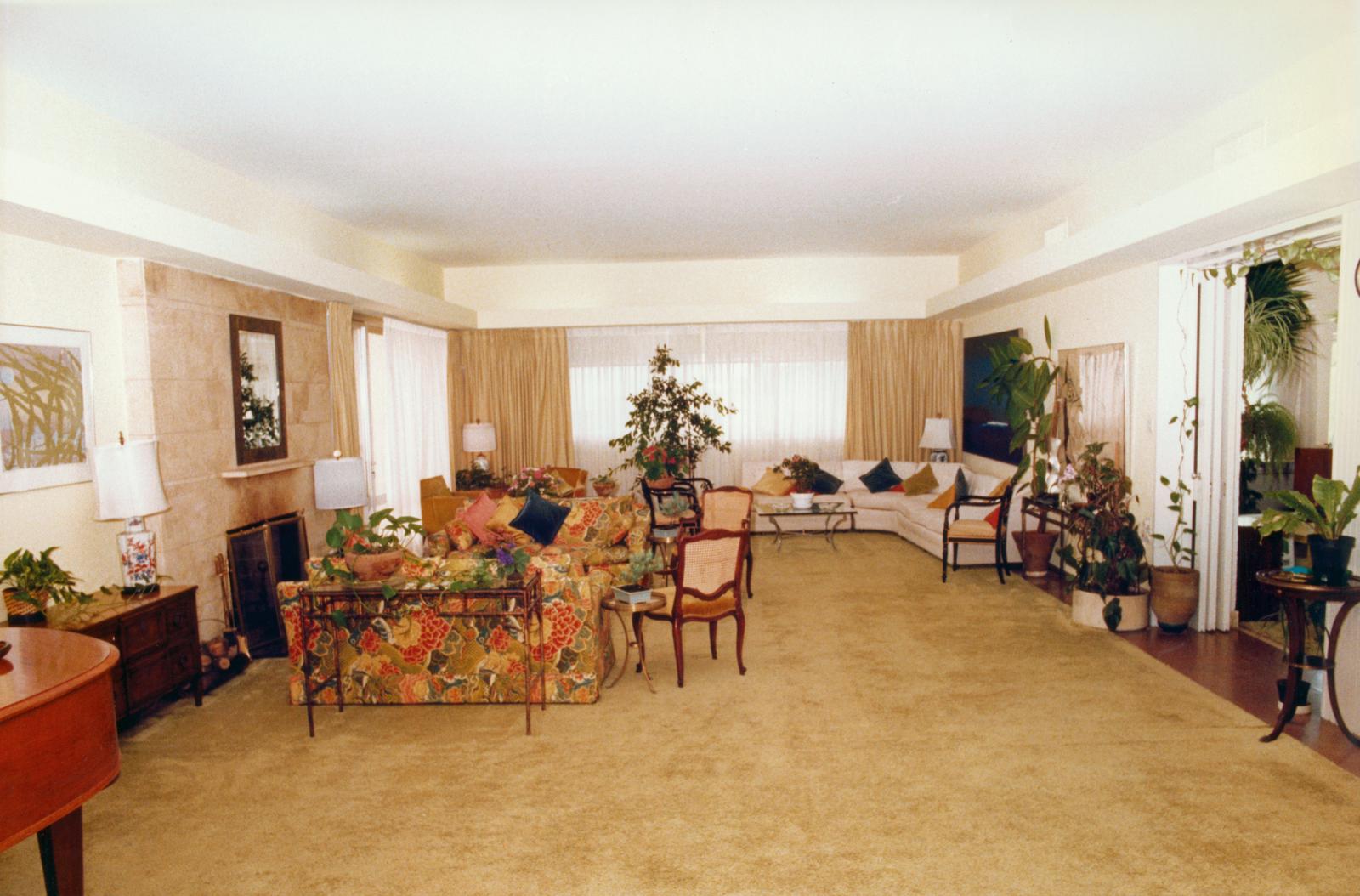 Tel Aviv - Embassy Mission Residence - 1985