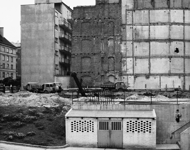 Warsaw - Standard Level Position Residence - 1965