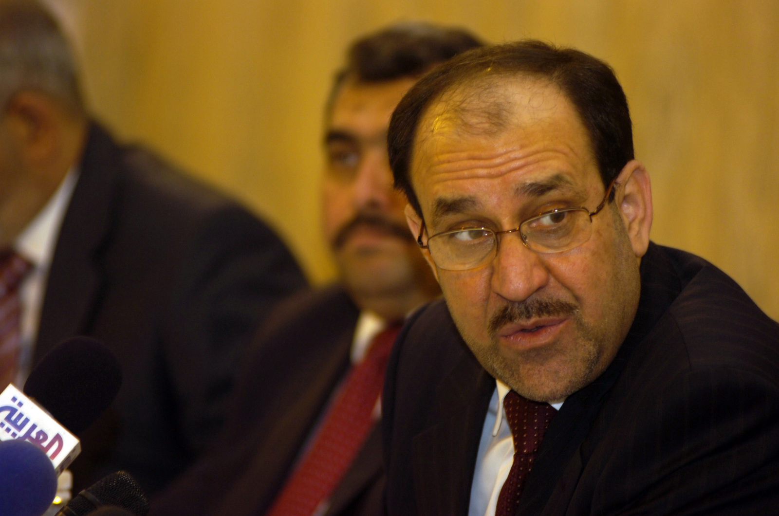 https nara getarchive net media prime minister nuri al maliki and members of his council speak to sheiks aboard 1d0a15