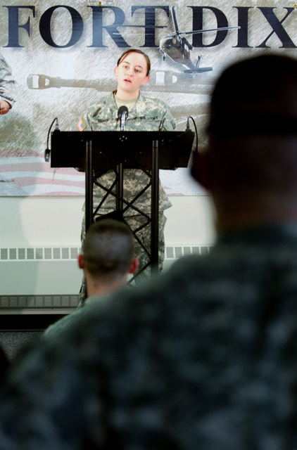 U.S. Army 1ST LT. Kalen M. Smith, Officer in Charge (OIC), Print and Photojournalist Team, 302nd Mobile Public Affairs Detachment, gives a mock press conference on March 15, 2007, during military occupational specialty (MOS) specific training at Fort Dix, N.J.  (U.S. Army photo by STAFF SGT. Tony M. Linback) (Released)