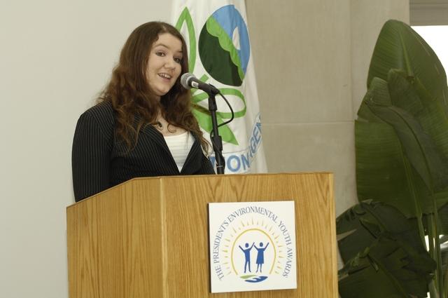 Office of the Administrator (Stephen L. Johnson) - Presidents Environmental Youth Award (PEYA) Lunch [412-APD-276-04-19-07-PEYA-Lunch_106.jpg]