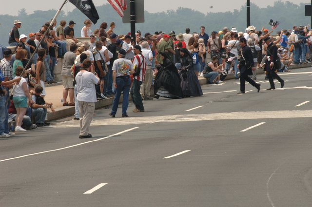 "[Assignment: 48-DPA-SOI_K_Roll_Thunder_5-27-07] Annual Rolling Thunder motorcycle rally  [""Ride for Freedom""--on behalf of the Prisoners of War-Missing in Action (POW/MIA) cause--through Washington, D.C., with Secretary Dirk Kempthorne among the participants] [48-DPA-SOI_K_Roll_Thunder_5-27-07_DOI_4050.JPG]"