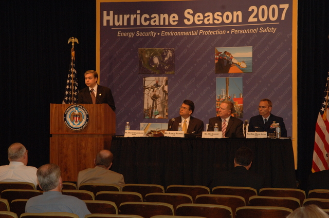 [Assignment: 48-DPA-K_MMS_Hurricane] Minerals Management Service (MMS)-sponsored briefing, [at Main Interior, on energy resource protection preparations for the] 2007 hurricane season, [with presentations by MMS Deputy Director Walter Cruickshank, Department of Energy's Director of Energy Assurance Alex de Alvarez, American Petroleum Institute President and Chief Executive Officer Red Cavaney, and Coast Guard Rear Admiral Wayne Justice, Assistant Commandant for Capability and Director of Response Policy at Coast Guard Headquarters] [48-DPA-K_MMS_Hurricane_DOI_4171.JPG]