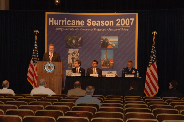 [Assignment: 48-DPA-K_MMS_Hurricane] Minerals Management Service (MMS)-sponsored briefing, [at Main Interior, on energy resource protection preparations for the] 2007 hurricane season, [with presentations by MMS Deputy Director Walter Cruickshank, Department of Energy's Director of Energy Assurance Alex de Alvarez, American Petroleum Institute President and Chief Executive Officer Red Cavaney, and Coast Guard Rear Admiral Wayne Justice, Assistant Commandant for Capability and Director of Response Policy at Coast Guard Headquarters] [48-DPA-K_MMS_Hurricane_DOI_4189.JPG]