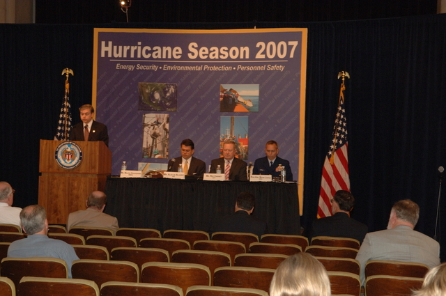 [Assignment: 48-DPA-K_MMS_Hurricane] Minerals Management Service (MMS)-sponsored briefing, [at Main Interior, on energy resource protection preparations for the] 2007 hurricane season, [with presentations by MMS Deputy Director Walter Cruickshank, Department of Energy's Director of Energy Assurance Alex de Alvarez, American Petroleum Institute President and Chief Executive Officer Red Cavaney, and Coast Guard Rear Admiral Wayne Justice, Assistant Commandant for Capability and Director of Response Policy at Coast Guard Headquarters] [48-DPA-K_MMS_Hurricane_DOI_4170.JPG]