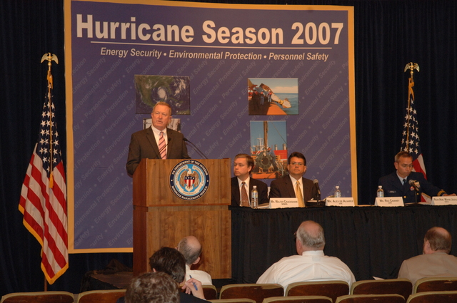 [Assignment: 48-DPA-K_MMS_Hurricane] Minerals Management Service (MMS)-sponsored briefing, [at Main Interior, on energy resource protection preparations for the] 2007 hurricane season, [with presentations by MMS Deputy Director Walter Cruickshank, Department of Energy's Director of Energy Assurance Alex de Alvarez, American Petroleum Institute President and Chief Executive Officer Red Cavaney, and Coast Guard Rear Admiral Wayne Justice, Assistant Commandant for Capability and Director of Response Policy at Coast Guard Headquarters] [48-DPA-K_MMS_Hurricane_DOI_4192.JPG]