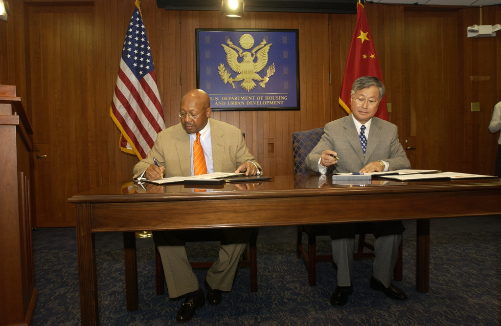 Visit of Chinese Minister of Construction to HUD - Visit of Chinese Minister of Construction Guangtao Wang to HUD Headquarters for meeting with Secretary Alphonso Jackson, Deputy Secretary Roy Bernardi, staff