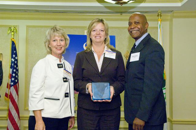 Office of the Administrator (Stephen L. Johnson) - Children's Environmental Health Excellence Award [412-APD-333-2007-10-11_ChildrensHealth_031.jpg]