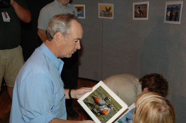 [Assignment: 48-DPA-10-13-07_SOI_K_FWS_Duck] Activities at the 2007 Federal Duck Stamp Art Contest at BIG Arts in Sanibel, Florida, with Secretary Dirk Kempthorne [and Fish and Wildlife Service Director H. Dale Hall among the Interior officials on hand to announce the winning entry, a depiction of a pair of pintail ducks by wildlife artist Joe Hautman of Plymouth, Minnesota.] [48-DPA-10-13-07_SOI_K_FWS_Duck_IOD_5077.JPG]