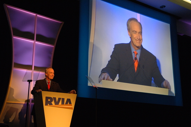 [Assignment: 48-DPA-11-27-07_SOI_K_RVIA_Event] Recreation Vehicle Industry Association (RVIA) annual convention at the Kentucky Exposition Center, Louisville, Kentucky, where Secretary Dirk Kempthorne [joined Olympic gold medalist wrestler Rulon Gardner and RVIA President Richard Coon among the dignitaries on hand for speeches, tours] [48-DPA-11-27-07_SOI_K_RVIA_Event_DOI_7376.JPG]