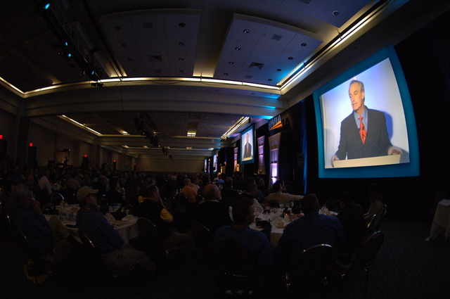 [Assignment: 48-DPA-11-27-07_SOI_K_RVIA_Event] Recreation Vehicle Industry Association (RVIA) annual convention at the Kentucky Exposition Center, Louisville, Kentucky, where Secretary Dirk Kempthorne [joined Olympic gold medalist wrestler Rulon Gardner and RVIA President Richard Coon among the dignitaries on hand for speeches, tours] [48-DPA-11-27-07_SOI_K_RVIA_Event_IOD_7896.JPG]