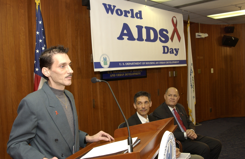 World AIDS Day Program - World AIDS Day program at HUD Headquarters, [with General Deputy Assistant Secretary for Community Planning and Development, Nelson Bregon, among officials marking HUD's commitment of $960,499 to the West Virginia Governor's Office of Economic Opportunity under the nationwide Housing Opportunities for Persons with AIDS (HOPWA) Program]