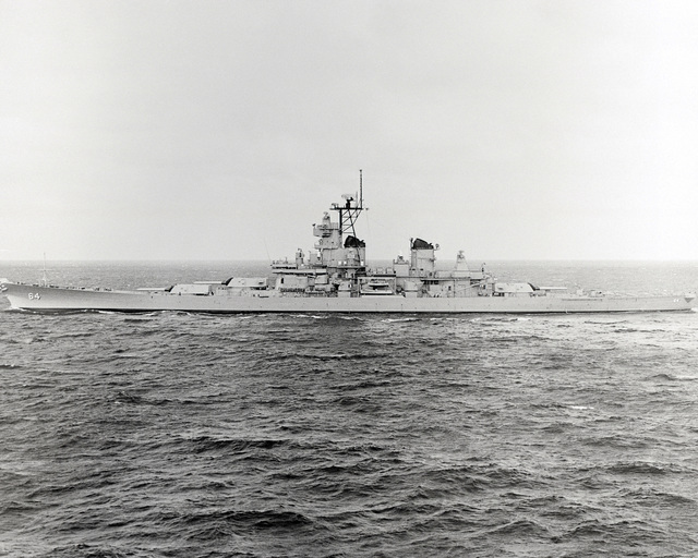 Ingalls Shipbuilding, Inc. Gulf of Mexico....A port beam view of the battleship Wisconsin (BB-64) underway during sea trials. OFFICIAL U.S. NAVY PHOTO (RELEASED)