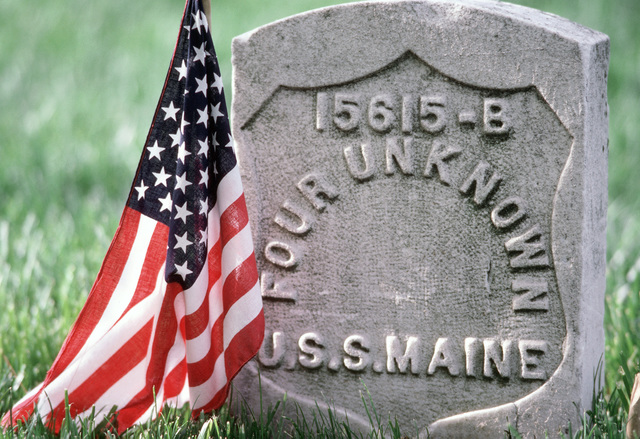 PH1 Chuck Mussi Arlington, Va....A close-up view of a tombstone at the Arlington National Cemetery, marking the grave site of four unknown crewmen assigned to the battleship USS Maine (BB-2). The Maine sank after exploding off the coast of Havana, Cuba, killing approximately 260 crewmen. The sabotaging of the main precipitated the American declaration of war against Spain in 1898. OFFICIAL U.S. NAVY PHOTO (RELEASED)