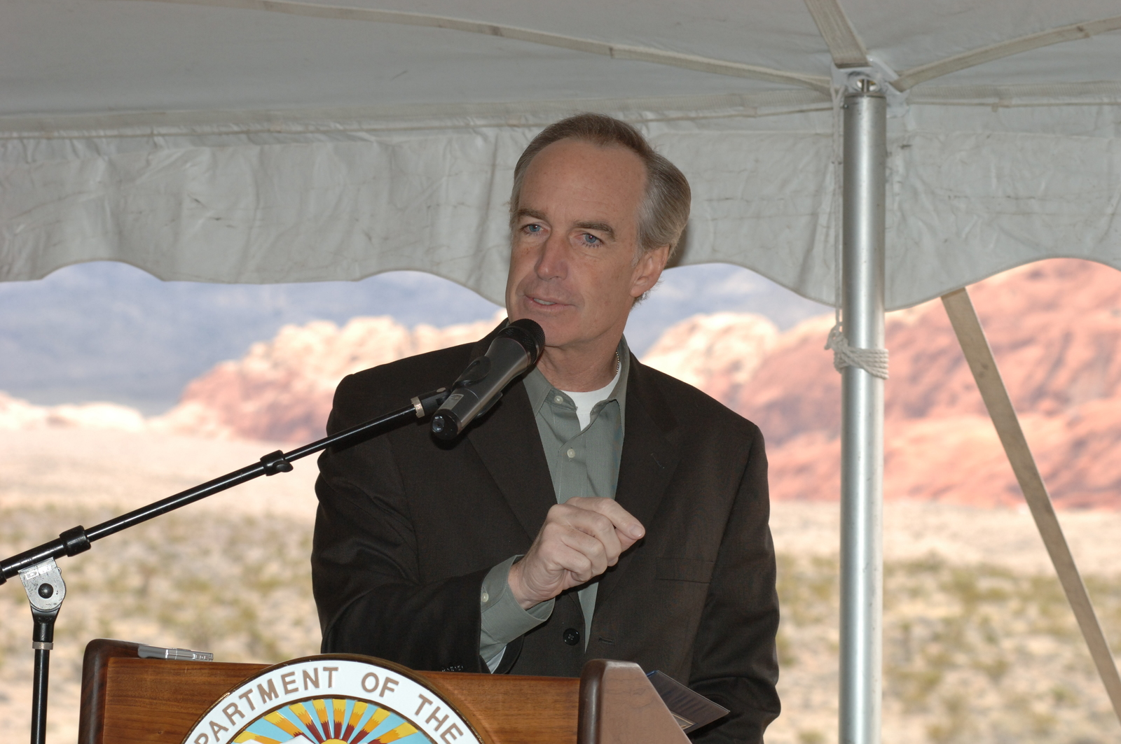 [Assignment: 48-DPA-02-20-08_SOI_K_BLM_Red_Rock] Groundbreaking ceremony for a new visitor center at Red Rock Canyon National Conservation Area, Nevada, [and announcement of new funding for 49 projects under Round 8 of the Southern Nevada Public Land Management Act], with Secretary Dirk Kempthorne [joining Nevada Senators Harry Reid and John Ensign, Nevada Representatives Shelley Berkley and Jon Porter, and other federal, state, and National Landscape Conservation Foundation officials] [48-DPA-02-20-08_SOI_K_BLM_Red_Rock_DOI_9884.JPG]