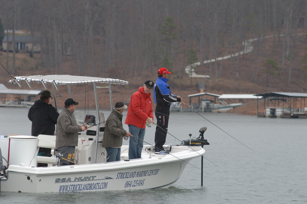 [Assignment: 48-DPA-02_21_08_SIO_K_SC_Bass_Fish] Activities at the Bassmasters Classic professional fishing tournament, [Lake Hartwell,] Greenville, South Carolina, with Secretary Dirk Kempthorne [among the attendees] [48-DPA-02_21_08_SIO_K_SC_Bass_Fish_DOI_0059.JPG]