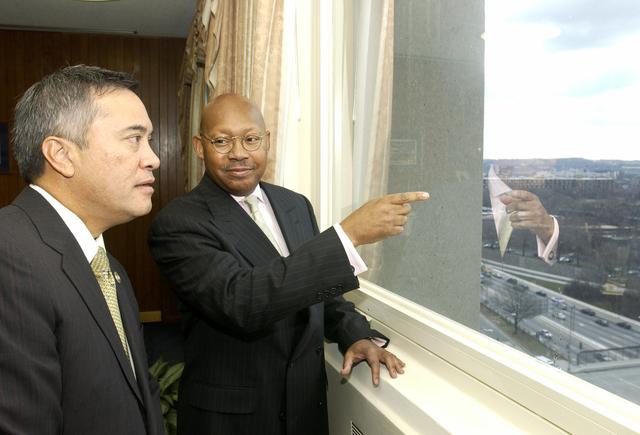 Secretary Alphonso Jackson with Guam Governor Felix Camacho - Secretary Alphonso Jackson meeting with Guam Governor Felix Camacho at HUD Headquarters