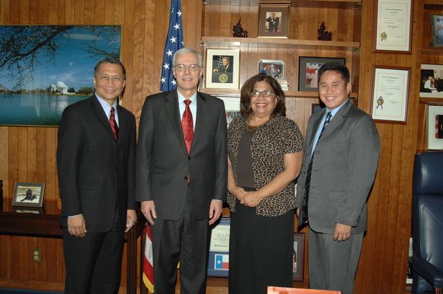 Visit of Guam Governor Felix Camacho to HUD - Visit of Guam Governor, Felix Camacho, and associates to HUD Headquarters for meeting with Deputy Secretary Roy Bernardi