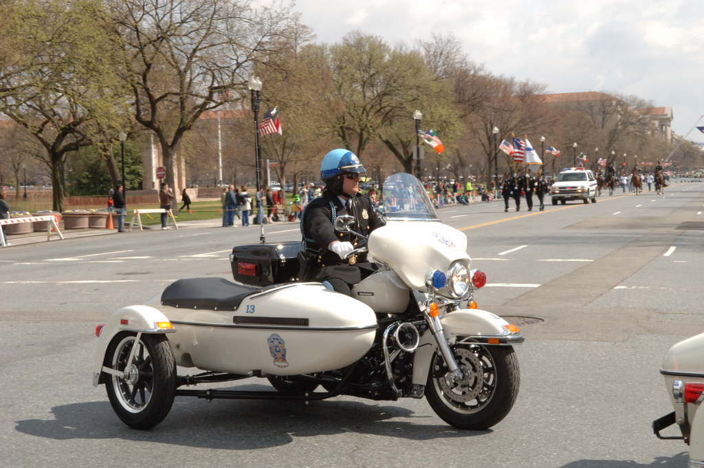 [Assignment: 48-DPA-03-16-08_SOI_K_St._Pat_Parade] Annual St. Patrick's Day Parade along Constitution Avenue, Washington, D.C., where Secretary Dirk Kempthorne [participated in the U.S. Park Police motorcycle procession] [48-DPA-03-16-08_SOI_K_St_Pat_Parade_DOI_1373.JPG]