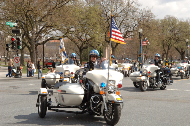 [Assignment: 48-DPA-03-16-08_SOI_K_St._Pat_Parade] Annual St. Patrick's Day Parade along Constitution Avenue, Washington, D.C., where Secretary Dirk Kempthorne [participated in the U.S. Park Police motorcycle procession] [48-DPA-03-16-08_SOI_K_St_Pat_Parade_DOI_1354.JPG]