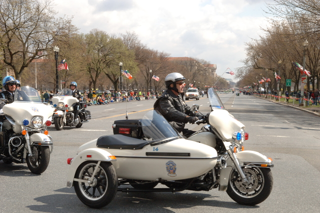 [Assignment: 48-DPA-03-16-08_SOI_K_St._Pat_Parade] Annual St. Patrick's Day Parade along Constitution Avenue, Washington, D.C., where Secretary Dirk Kempthorne [participated in the U.S. Park Police motorcycle procession] [48-DPA-03-16-08_SOI_K_St_Pat_Parade_DOI_1366.JPG]