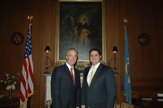 [Assignment: 48-DPA-03-27-08_SOI_K_Lowe] Secretary Dirk Kempthorne [at Main Interior] with Mitchell Lowe, [Interior's White House Liaison] [48-DPA-03-27-08_SOI_K_Lowe_IOD_2687.JPG]