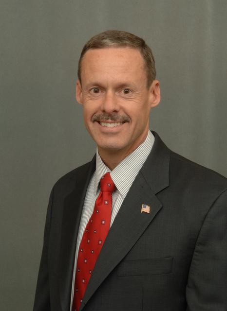 [Assignment: 48-DPA-04-04-08_K_Van_Horn] Portrait of Gary Van Horn, [Assistant Director], Office of Law Enforcement and Security [48-DPA-04-04-08_K_Van_Horn_IOD_3158.JPG]
