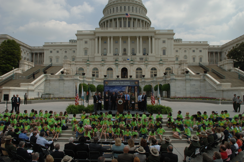 [Assignment: 48-DPA-04-24-08_SOI_K_CC_Ev] Press conference, [on the steps of the U.S. Capitol], announcing the final list of National Park Centennial Challenge projects [to be funded in 2008.] [48-DPA-04-24-08_SOI_K_CC_Ev_DOI_2448.JPG]