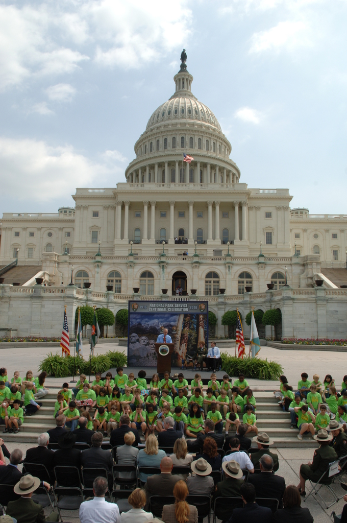 [Assignment: 48-DPA-04-24-08_SOI_K_CC_Ev] Press conference, [on the steps of the U.S. Capitol], announcing the final list of National Park Centennial Challenge projects [to be funded in 2008.] [48-DPA-04-24-08_SOI_K_CC_Ev_DOI_2394.JPG]
