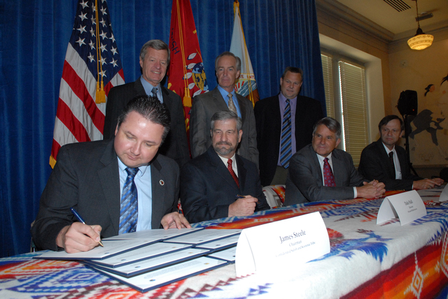 [Assignment: 48-DPA-06-19-08_SOI_K_FWS_Bison] Signing ceremony, [at Main Interior, for the annual funding agreement covering  operation of the] National Bison Range Complex, [located in Moiese, Montana, within the boundaries of the Flathead Reservation] [48-DPA-06-19-08_SOI_K_FWS_Bison_2122.jpg]