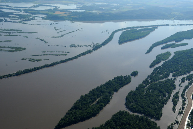Louisianna, MO, June 20, 2008 -- Aerial of flooded fields along the Mississippi River.  Jocelyn Augustino