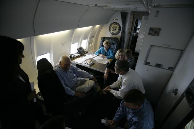 Vice President Cheney Talks with David Addington, Lucy Tutwiler, Jon Howerton, Liz Cheney, Mary Cheney and Lynne Cheney Aboard Air Force Two
