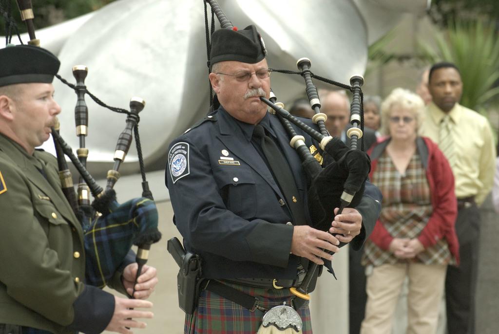 Office of the Administrator (Stephen L. Johnson) - September 11th Ceremony [412-APD-412-2008-09-11_Sept11Ceremony_015.jpg]