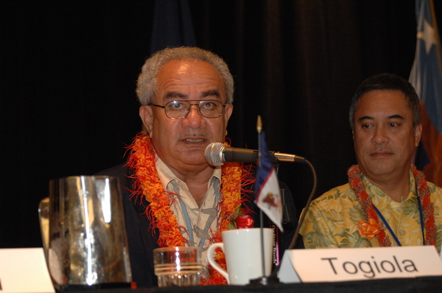 """[Assignment: 48-DPA-09-29-08_SOI_K_Isl_Conf_AM] Insular Areas Health Summit [(""""The Future of Health Care in the Insular Areas: A Leaders Summit"""") at the Marriott Hotel in] Honolulu, Hawaii, where Interior Secretary Dirk Kempthorne [joined senior federal health officials and leaders of the U.S. territories and freely associated states to discuss strategies and initiatives for advancing health care in those communinties [48-DPA-09-29-08_SOI_K_Isl_Conf_AM_DOI_0538.JPG]"""