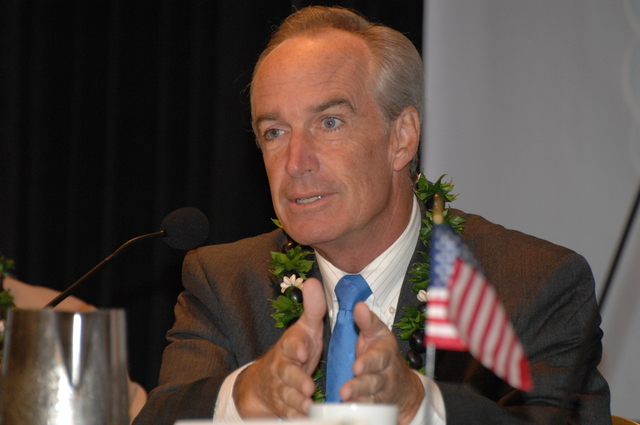 """[Assignment: 48-DPA-09-29-08_SOI_K_Isl_Conf_AM] Insular Areas Health Summit [(""""The Future of Health Care in the Insular Areas: A Leaders Summit"""") at the Marriott Hotel in] Honolulu, Hawaii, where Interior Secretary Dirk Kempthorne [joined senior federal health officials and leaders of the U.S. territories and freely associated states to discuss strategies and initiatives for advancing health care in those communinties [48-DPA-09-29-08_SOI_K_Isl_Conf_AM_DOI_0511.JPG]"""