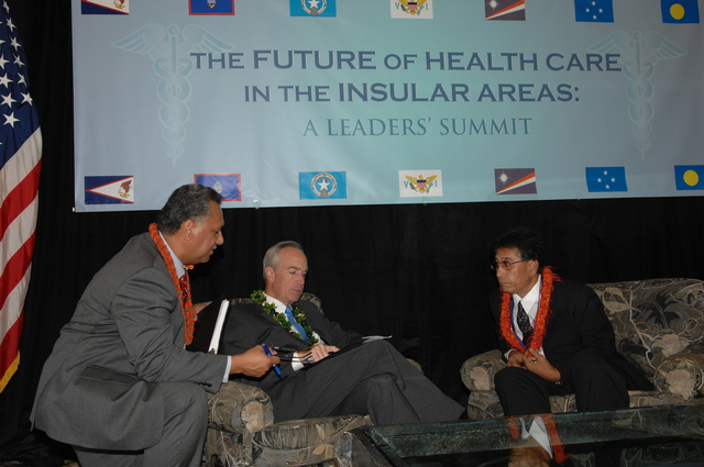 """[Assignment: 48-DPA-09-29-08_SOI_K_Isl_Conf_Lead] Participants in the Insular Areas Health Summit [(""""The Future of Health Care in the Insular Areas: A Leaders Summit"""") at the Marriott Hotel in] Honolulu, Hawaii, where Interior Secretary Dirk Kempthorne [joined senior federal health officials and leaders of the U.S. territories and freely associated states to discuss strategies and initiatives for advancing health care in those communinties [48-DPA-09-29-08_SOI_K_Isl_Conf_Lead_DOI_0656.JPG]"""